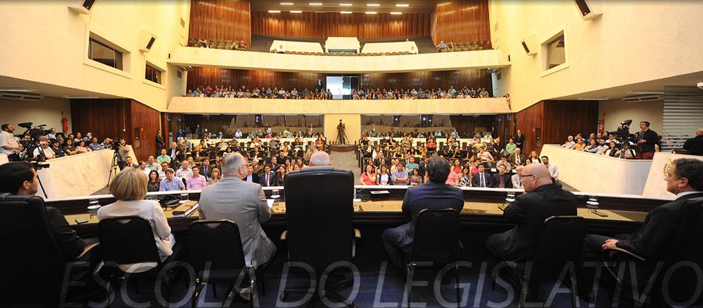 Ministro do Supremo Tribunal Federal, Luiz Edson Fachin, durante palestra promovida pela Escola do Legislativo